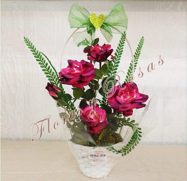 Cesta de rosas. Ideal para regalar - RF00507